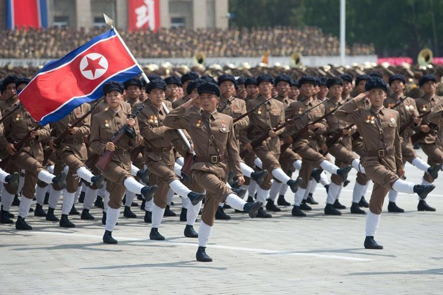 Corea del Norte está preparada para hacer frente a una eventual amenaza de EE. UU. , afirmó este sábado Kim Jong-Un. (Foto Prensa Libre: AFP).
