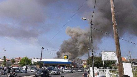 Cinco personas murieron al estrellarse una avioneta este lunes en Tires, a unos 25 kilómetros de Lisboa, Portugal. (Foto Prensa Libre:Internet)