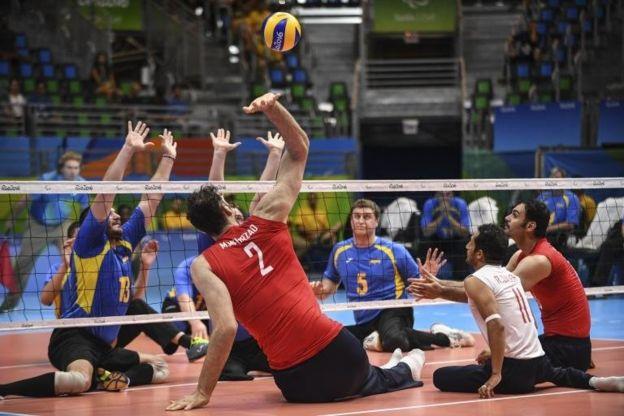 Mehrzadselakjani no tiene dificultades en bloquear o rematar la pelota. (Getty Images)