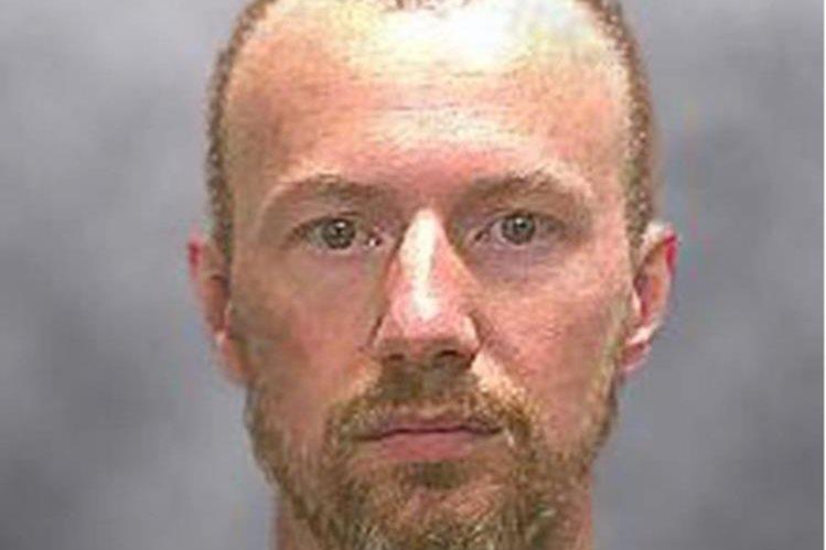 David Sweat, el segundo reo que se fugó de una cárcel de máxima seguridad de Nueva York fue recapturado este domingo. (Foto Prensa Libre: AP).