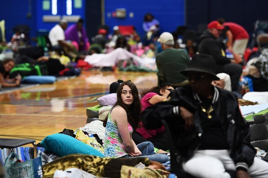 Se espera que Matthew impacte Florida entre la noche del jueves y madrugada del viernes.  (Foto Prensa Libre: AFP).