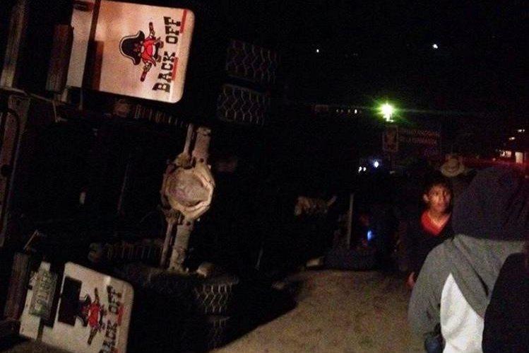 El camión volcó en la aldea Ixmoco, Comitancillo, San Marcos, cuando regresaba de una finca de San José Pinula, Guatemala. (Foto Prensa Libre: GoogleMaps)