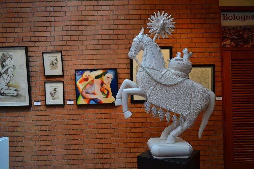Escultura, pintura y grabado son las técnicas de algunas de las piezas que se exhibirán en Italia. (Foto Prensa Libre: Ángel Elias)