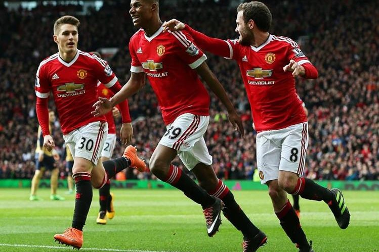 Marcus fue la figura para el Man. U en el triunfo contra el Arsenal. (Foto Prensa Libre: EFE)