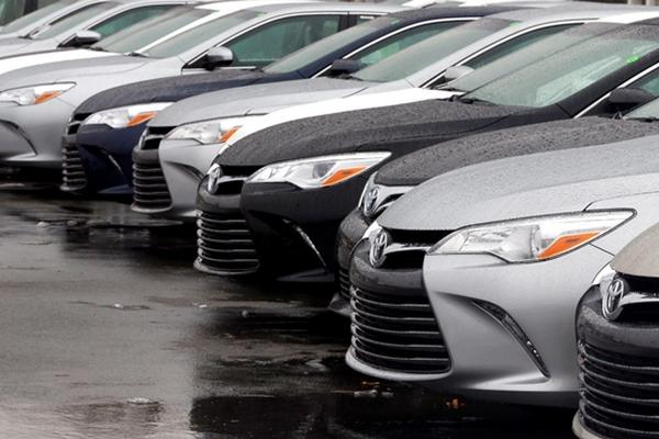 La venta de carros nuevos se ha mantenido en constante crecimiento. (Foto Prensa Libre: AP).
