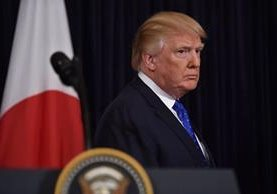 El presidente estadounidense, Donald Trump, confirmó que las redadas continuarán. (Foto Prensa Libre: EFE)