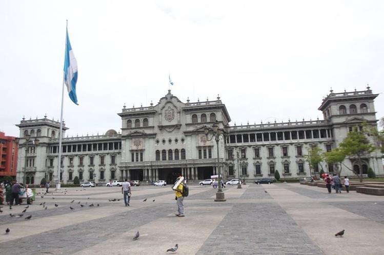 La SIP externa su preocupación por la medida del Ejecutivo de limitar garantías constitucionales, entre ellas la libertad de expresión. (Foto Prensa Libre: Hemeroteca PL)