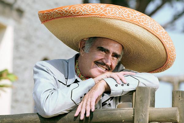 El cantante mexicano tiene 75 años (Foto Prensa Libre: Hemeroteca PL).