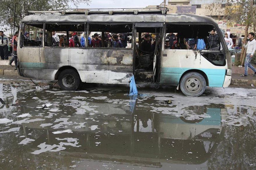 El atentado se cobró la vida de al menos 37 personas en Bagdad. (Foto Prensa Libre: AP).