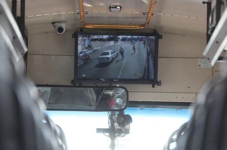 El bus atacado contaba con una cámara de seguridad.(Prensa Libre: Érick Ávila)