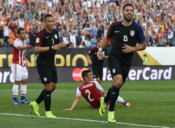 Clint Dempsey de Estados Unidos anotó el único gol del juego. (foto Prensa Libre: AFP)