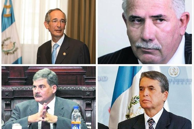 El expresidente Álvaro Colom y varios de sus exfuncionarios de gobierno fueron capturados por un caso de corrupción en el Transurbano. (Foto Prensa Libre: Hemeroteca PL)