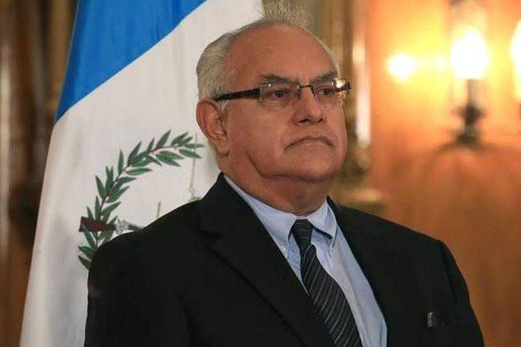 Leonel Oswaldo Enríquez Contreras, es experto en Derechos Humanos.