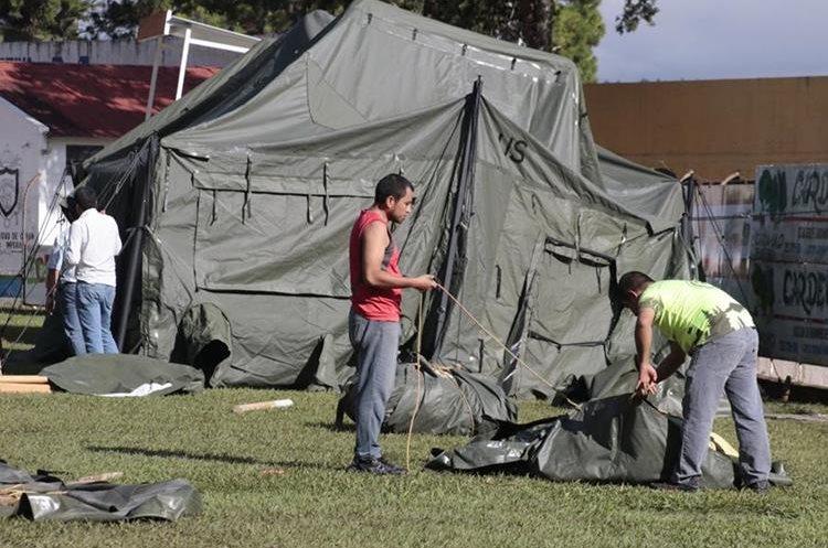 Instalan carpa donde se realizarán las pruebas antidopaje. (Foto Prensa Libre: Eduardo Sam)