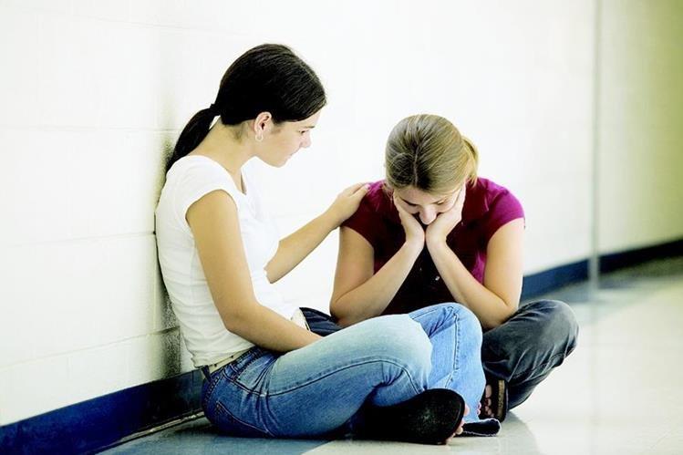 Familiares y amigos son de vital importancia para superar las adicciones. (Foto Prensa Libre: Hemeroteca PL).