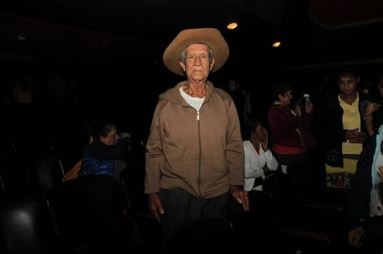 Don Tranquilino es el padre biológico de Óscar, cuyo verdadero nombre es Alfredo. (Foto Prensa Libre: Anna Lucía Ibarra).