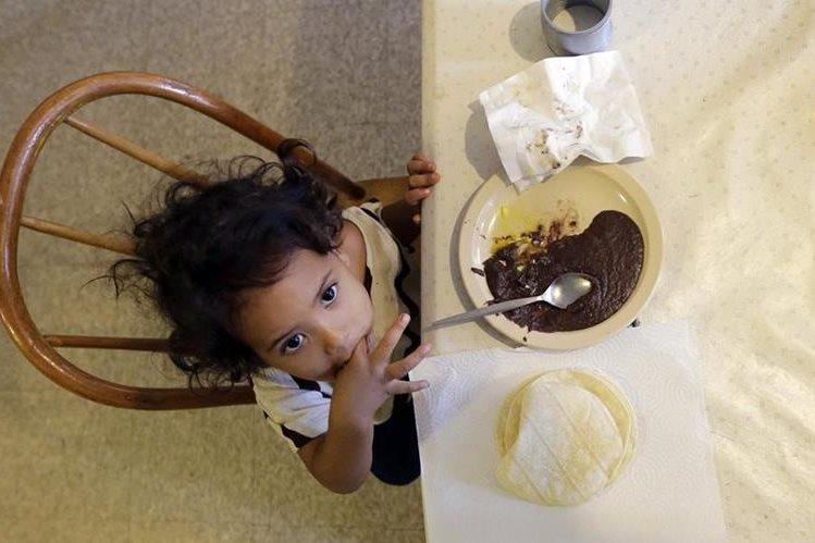 <em>La expresión <strong><em>&ldquo;</em></strong>bebés ancla<strong><em>&rdquo; </em></strong>alude a los hijos de mujeres indocumentadas embarazadas que dan a luz a sus hijos en EE. UU. (Foto Prensa Libre: AP).</em>