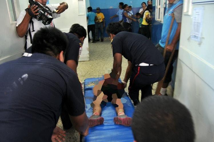 La menor murió en el hospital de Coatepeuqe, Quetzaltenango.(Foto Prensa Libre: Alexander Coyoy).