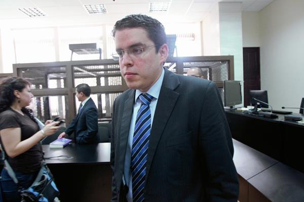 Joaquin Flores, fue excluido por el Tribunal de Mayor Riesgo B, del juicio por la desaparición de Cristina Siekavizza.  (Foto Prensa Libre: Erick Avila).