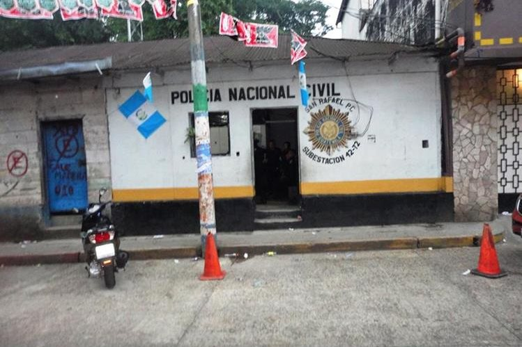 Estación de la PNC de San Rafael Pie de la Cuesta, San Marcos. (Foto Prensa Libre: Genner Guzmán)