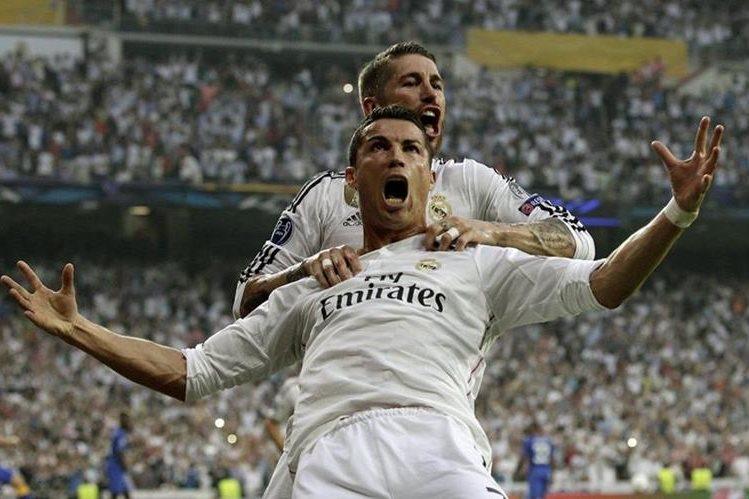 Cristiano Ronaldo y Sergio Ramos durante las semifinales de la Champions League frente al Atlético de Madrid. (Foto Prensa Libre: Hemeroteca PL)