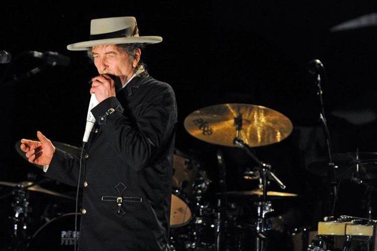 Bob Dylan fue reconocido el 13 de octubre con el Nobel de Literatura. (Foto Prensa Libre: AFP)