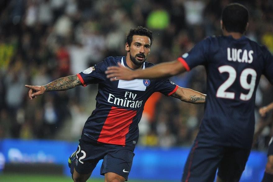 El delantero argentino podría volver a jugar en la Liga francesa. (Foto Prensa Libre: Hemeroteca PL)