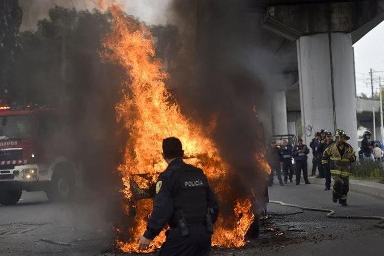 Inéditos hechos violentos en Ciudad de México. (Foto Prensa Libre: AFP)