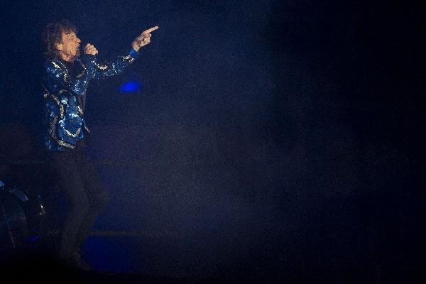 La banda Rolling Stones hizo corear a más de 50 mil personas en su concierto en Brasil. (Foto Prensa Libre: EFE)