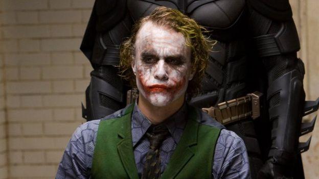 """Heath Ledger obtuvo el premio al mejor secundario por su papel en la cinta """"Batman: el caballero de la noche"""". (WARNER BROTHERS)"""