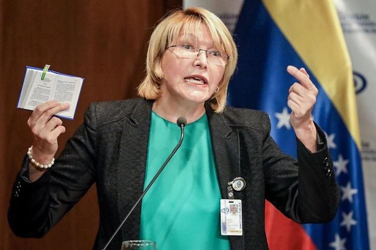 """Luisa Ortega afirmó hoy que hay un """"proceso progresivo de desmontaje del Ministerio Público"""" y aseguró que el TSJ pretende hacer con su institución lo mismo que hizo con el Parlamento. (EFE)."""