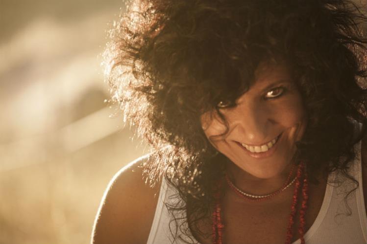 La artista española promociona sus nuevas canciones. (Foto Prensa Libre: Lunas Rotas)