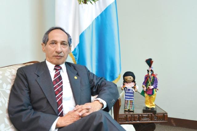 Héctor Darío Gularte Estrada fungía como embajador de Guatemala en Nicaragua. (Foto Prensa Libre: Carlos Grave)