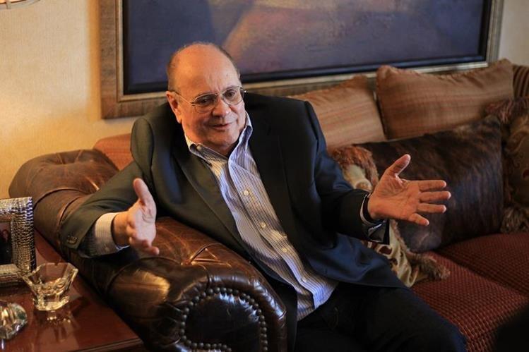 En su casa, Juan Francisco Monge Calderón, conversó con Prensa Libre y resaltó los planes de la corporación que dirige.