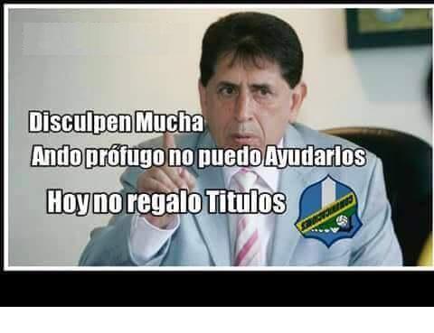 Los memes no perdonaron ni a Brayan Jiménez, expresidente de la Fedefut. (Foto Prensa Libre: Redes Sociales)