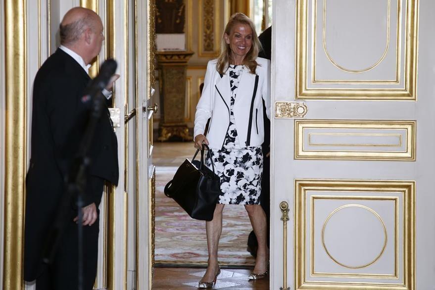 La embajadora de EE. UU. en Francia,  Jane Hartley, fue convocada inmediatamente por el gobierno francés para dar explicaciones. (Foto Prensa Libre: AP).