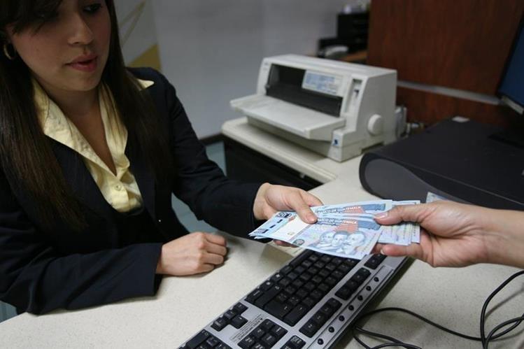 El Estado de Guatemala ejecutó una política conservadora durante el 2015.