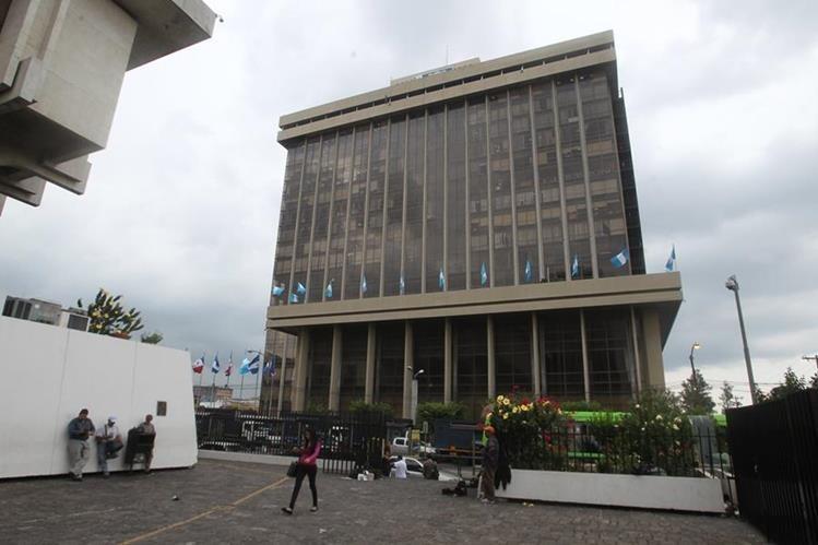 Fachada del Ministerio de Finanzas, ubicado en la zona 1 capitalina. (Foto Prensa Libre: Hemeroteca PL)