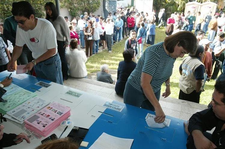 La propuesta también plantea la creación de más juntas receptoras de votos. (Foto Prensa LIbre: Hemeroteca PL)