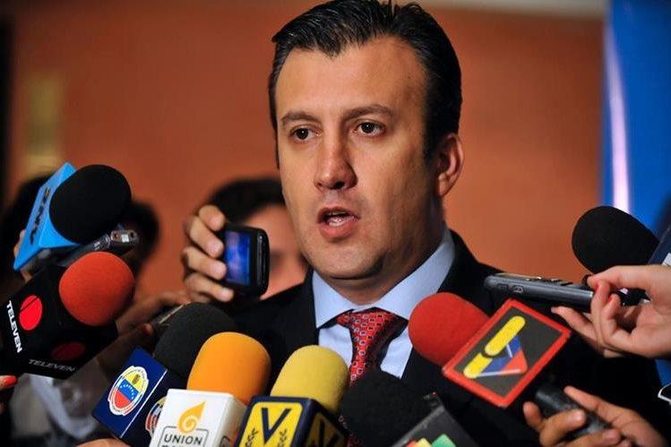 Tareck El Aissami, de 42 años, sería el sucesor de Maduro en caso de ser revocado. (Foto Prensa Libre: AFP).