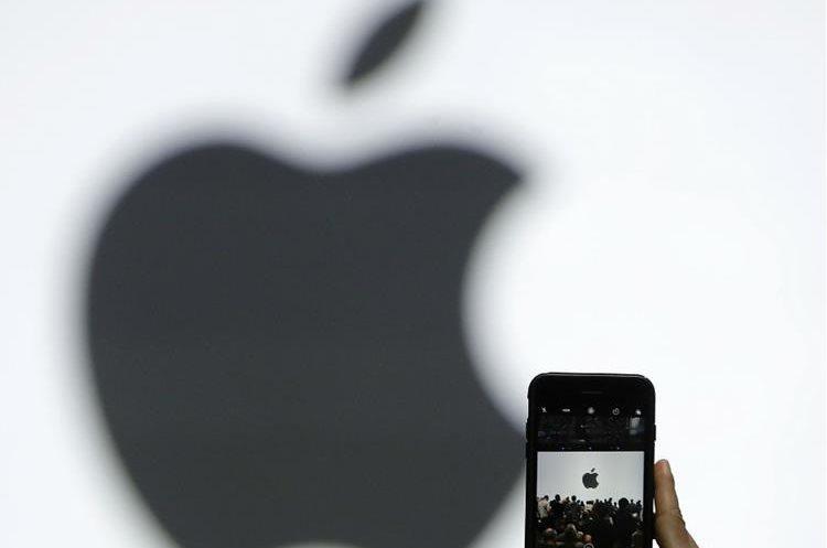El gigante tecnológico Apple, presenta su nuevo iPhone. (Foto Prensa Libre: EFE)