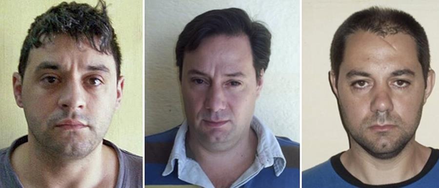 Víctor Schillaci , Martín Lanatta y Cristian Lanatta, los reos que espacaron el 27 de diciembre del 2015. (Foto Prensa Libre: AFP).