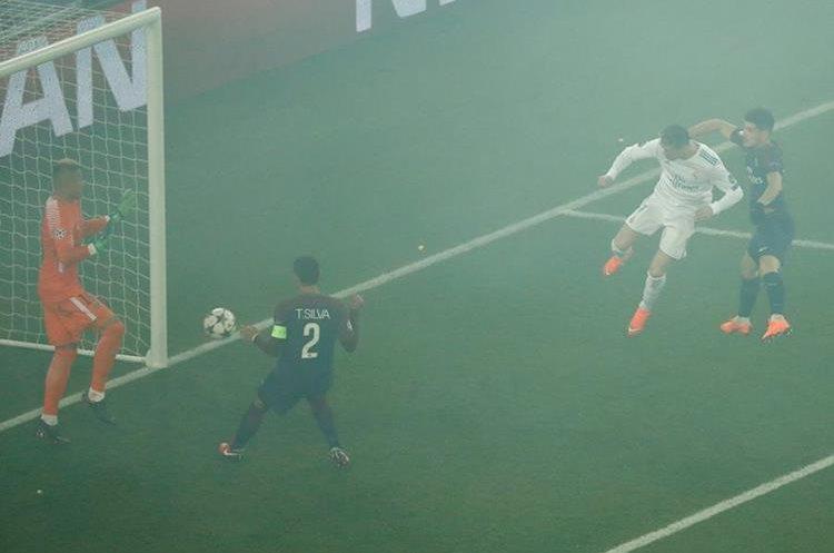 El cabezazo de Cristiano se fue al fondo del arco para el 1-0.