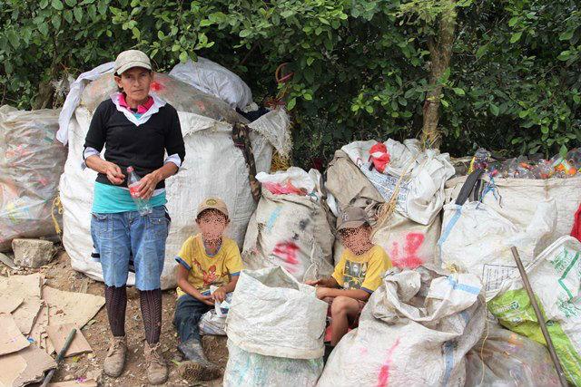 Según el FMI, los programas sociales no han tenido impacto en las familias en pobreza y extrema pobreza. (Foto Prensa Libre: Hemeroteca PL)