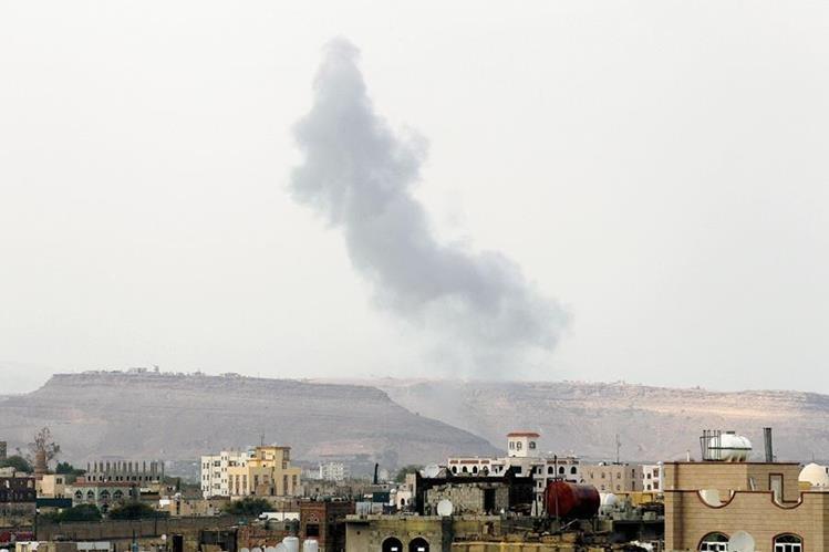 Más de tres mil personas han muerto por el conflicto en Yemen desde marzo, entre ellas, más de mil 400 civiles, (Foto Prensa Libre: EFE).