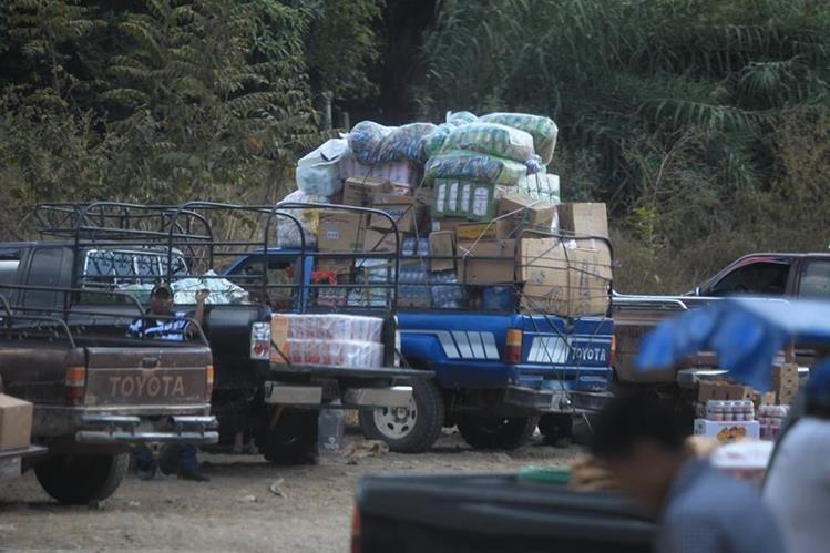 En el paso fronterizo de Guatemala y ciudad Cuauhtemoc, México, se pasa mercadería de contrabando. (Foto Prensa Libre: Esbin Garcia)