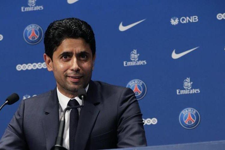 Nasser Al Khelaiffi presidente del PSG asegura que respeta los contratos que tenga el delantero brasileño. (Foto Prensa Libre: AFP)