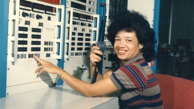 Desde pequeña, en vez de jugar con muñecas, Darden prefería desarmarlas y volverlas a armar. NASA