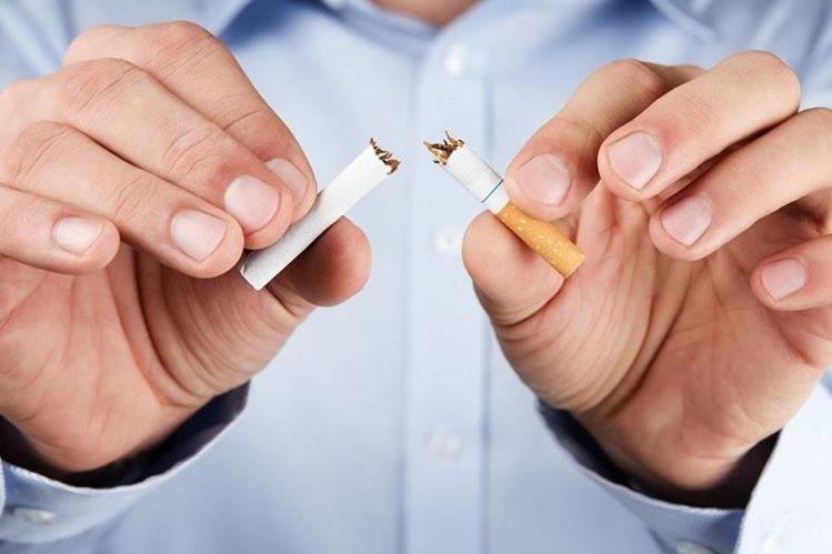 Con cada cigarrillo que se deje de fumar aumenta la expectativa de vida.