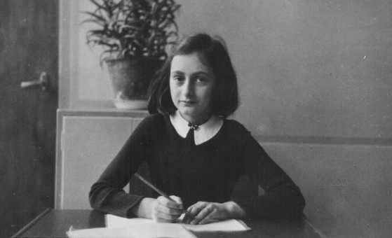 Ana Frank narra la historia de una niña judía perseguida por los nazis. (Foto Prensa Libre: Hemeroteca PL)